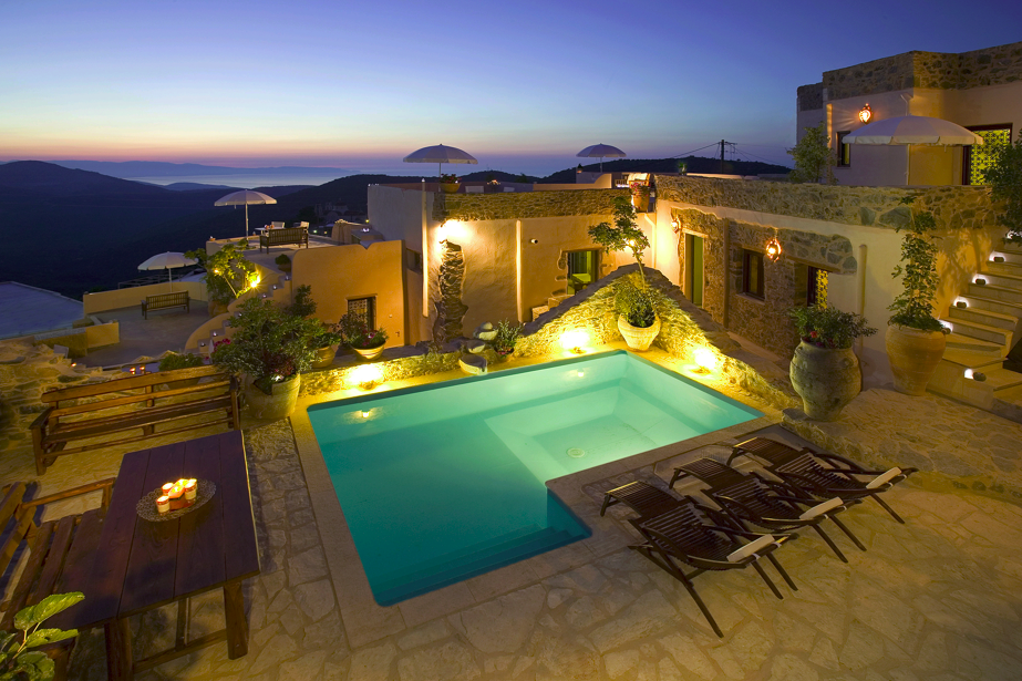 A digitalistic getaway design hotel cressa ghitonia the for Design hotel kreta
