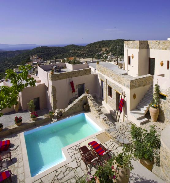 A digitalistic getaway design hotel cressa ghitonia the for Designhotel kreta