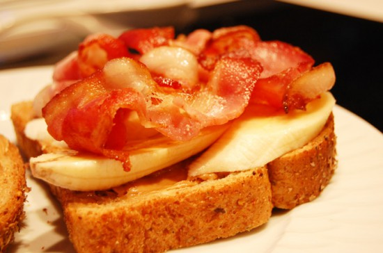 how to make a peanut butter banana and bacon sandwich