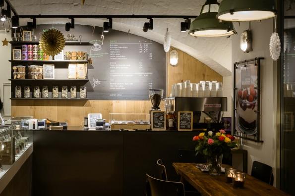 Yoghurt Barn Amsterdam CS met biologische Friesland Campina yoghurt