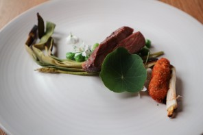 De Food Feed: een stukje Tel Aviv in A'dam, aan tafel bij Alex en moestuintje in je glas