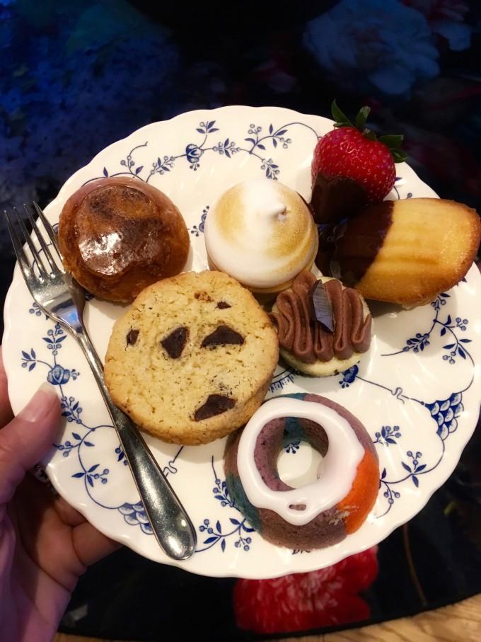 Hyatt_dessert