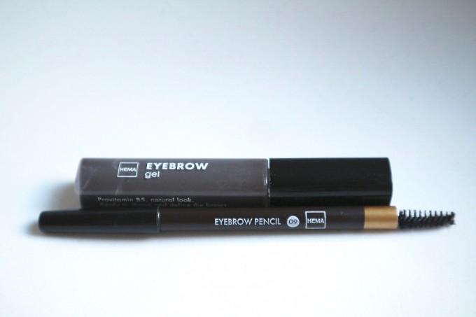 HEMA eyebrows