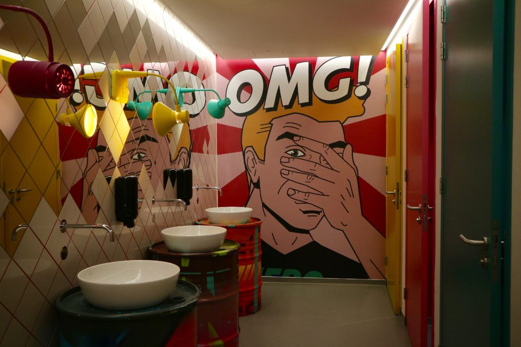 Luxepoes goes hostel: VIA Amsterdam